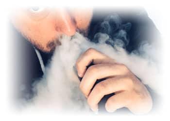 Ist-der-Dampf-einer-E-Zigaretten-scha-dlich-fu-r-andere